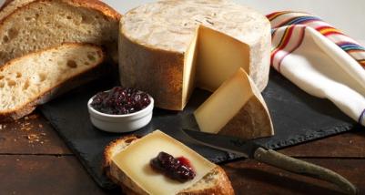 brebis owczy ser z Pirenejów