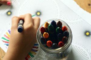 Kreatywne kolorowanki dla dzieci, dlaczego warto je kupować?